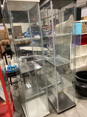 Glass shelving storage - great condition 2 pcs available for Sale in Tucker, GA