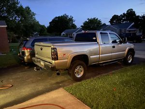 2001 chevy silverado duramax for Sale in Elkton, MD