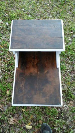 Antique two-tier end table for Sale in Clanton, AL