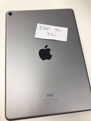 Apple iPad Pro 9.7 inches for Sale in Tacoma, WA