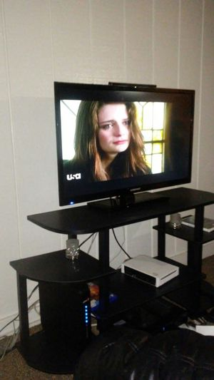 32 inch element tv for Sale in Columbus, OH