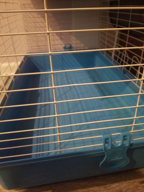 Small animal cage. For rabbit, guniea pigs...