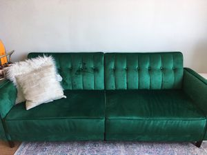 Green Velvet Couch for Sale in Jersey City, NJ