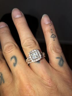 Rose gold Wedding band and Engagement ring for Sale in St. Louis,  MO