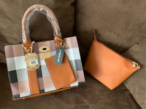 Women's hand bags 3 pieces set for Sale in Chicago, IL