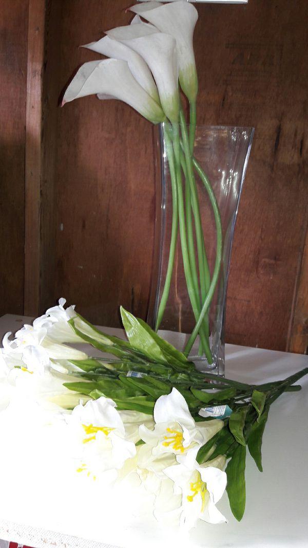 IKEA vase & flowers