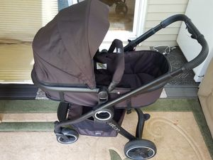 Chicco Urban Stroller for Sale in Chicopee, MA
