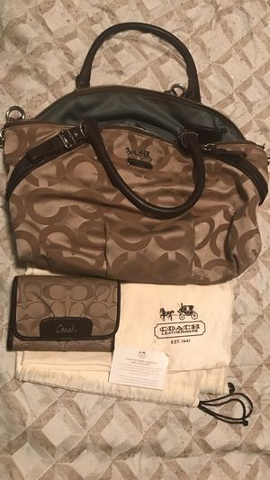 Coach bag and wallet for Sale in Dallas, TX