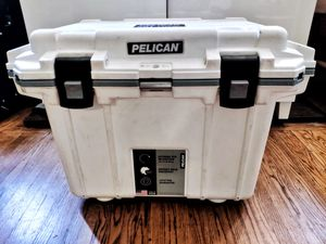PELICAN 50QT Elite Cooler - Yeti Type roto molded for Sale in Glendale, CA