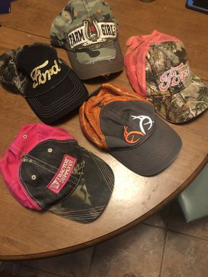 Women's hats for Sale in Pearland, TX