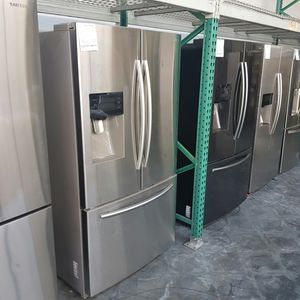 SAMSUNG Water Ice French Door Refrigerator Stainless for Sale in Chino Hills, CA