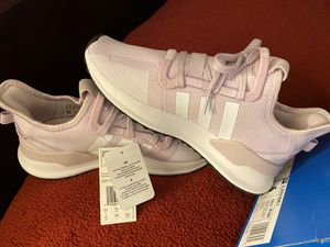 Women's running shoes for Sale in Sacramento, CA