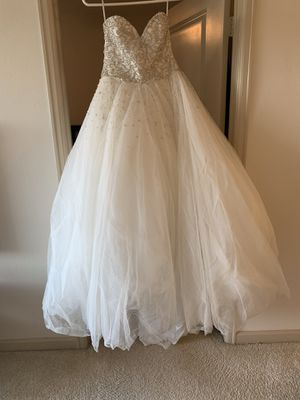 Wedding dress , Morilee and Madeline Gardner for Sale in MONTGOMRY VLG, MD