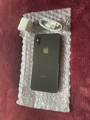 iPhone xs 64gb unlocked for Sale in Baytown, TX