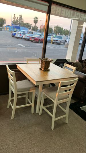 5-pcs dining room table on sale @ elegant furniture 🎈🛋 for Sale in Fresno, CA