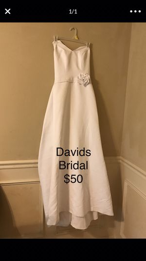 David's Bridal Halter Wedding Dress Size:6 for Sale in Springfield, MO