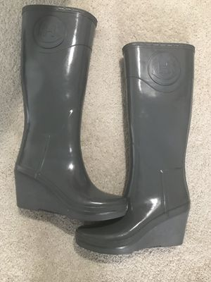 Size 7.5 Grey Hunter Original Tall Rain Boots for Sale in Morrisville, NC