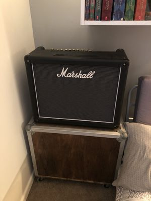 Marshal haze Guitar amp with road case for Sale in Lynchburg, VA