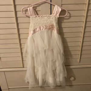 Pretty size 4 beautiful lace dress for Sale in Boca Raton, FL