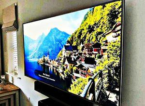 LG 60UF770V Smart TV for Sale in Portland, MI