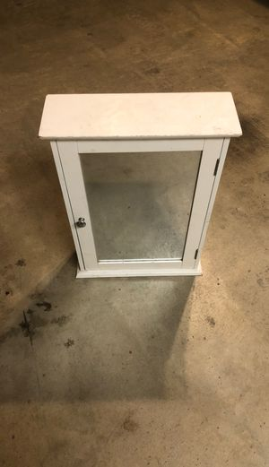 Bathroom wall cabinet with mirror for Sale in San Jacinto, CA