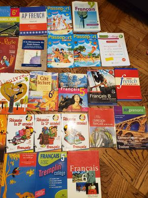 42 Native Speaker French Books.. Great Value for Sale in Silver Spring, MD