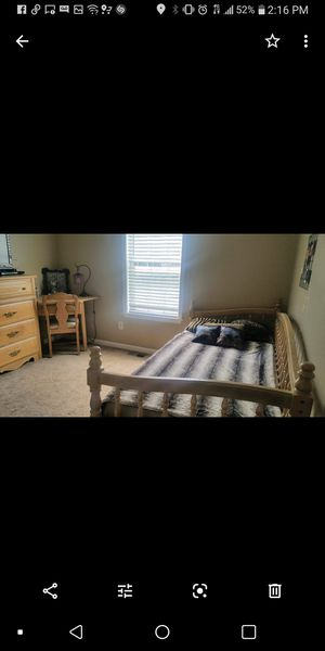 Bedroom set for Sale in Dallas, GA