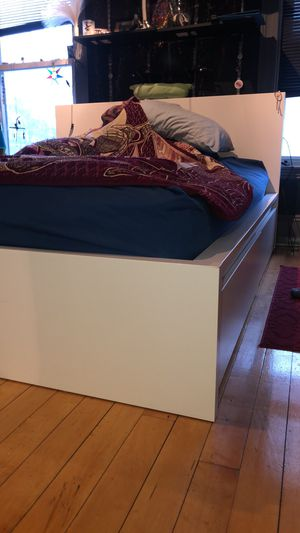 MALM High bed frame/4 storage boxes, Slatted Bed Base in Luröy, Queen for Sale in Lynn, MA
