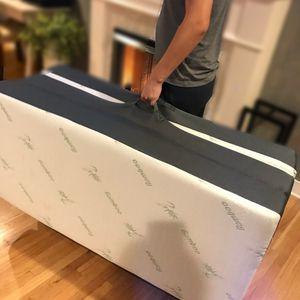 Trifold Mattress FULL 6-Inch Futon Foldaway for Sale in Downey, CA