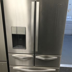 Whirlpool 5 French Door Stainless Steal Refrigerator for Sale in Pineville, NC