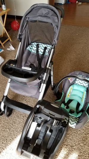Evenflo stroller, carseat and base for Sale in Lincoln, NE