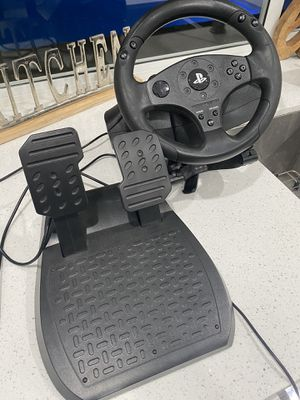 Thrust master T80 racing steering wheel for PS4 for Sale in Miami, FL