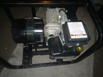 Dayton medium 3zc11 generator/briggs and stratton motor 170$ for Sale in Denver,  CO
