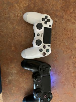 PS4 controls for Sale in Goodyear, AZ