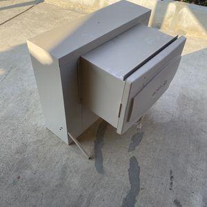 Window evaporative Cooler for Sale in Di Giorgio, CA