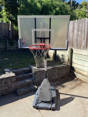 Spalding adjustable basketball hoop for Sale in Millbrae, CA