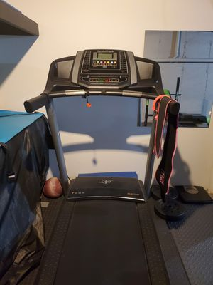 Nordic Track Treadmill for Sale in Cumberland, RI