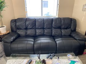 Leather recliner couch and chairs set for Sale in Concord, CA