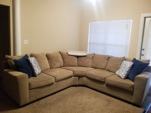 SECTIONAL COUCH for Sale in Lake Dallas, TX