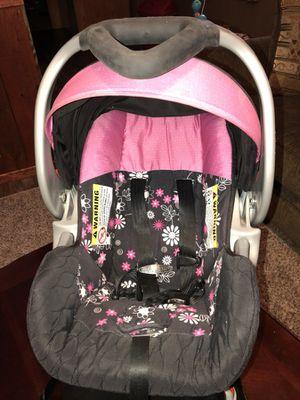 Car seat for Sale in Wewahitchka, FL
