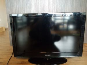 32 inch Samsung hd tv (ln32d403) for Sale in Seattle, WA