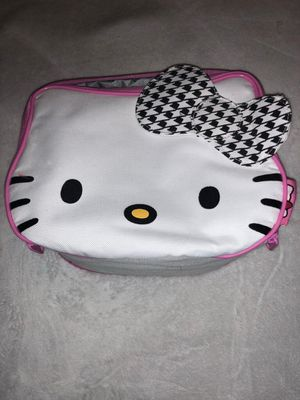HELLO KITTY LUNCHBOX 🐱 for Sale in Berea, OH
