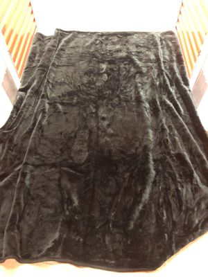 Black fur blanket for Sale in Cape Coral, FL