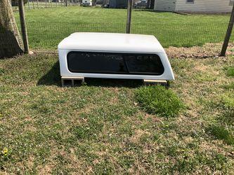 1990's Chevy/GMC bed topper - 6.5 ft bed for Sale in El Dorado,  KS