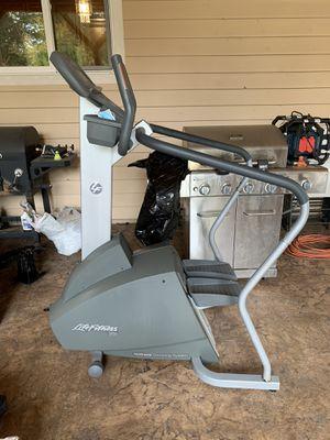 Life Fitness 95si stepper for Sale in Renton, WA