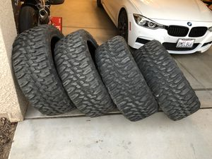"35"" mud tires R24 for Sale in Fresno, CA"