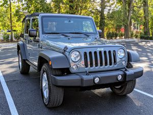 2015 Jeep Wrangler Unlimited Sport 30k miles/New for Sale in Mamaroneck, NY