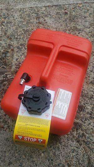 SALE PENDING Outboard motor gas tank 3 gallon for Sale in Bremerton, WA