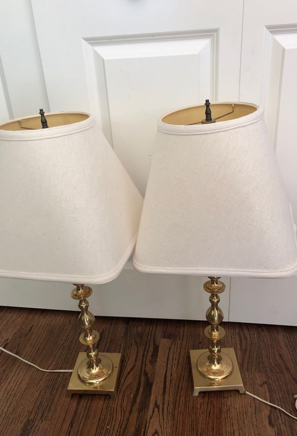 2 Vintage Brass Table lamps with shades excellent