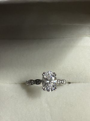 Engagement Ring: solid 14K white gold. SIZE 5 for Sale in Sacramento, CA